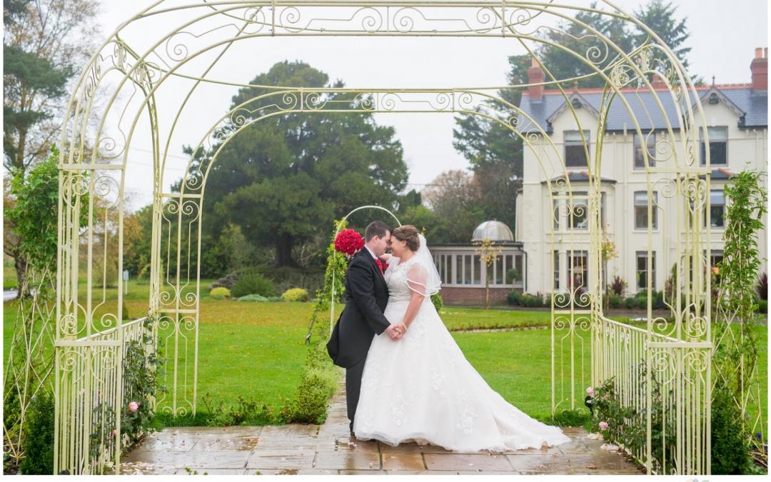 Southdowns Manor Wedding – Paula & Joe