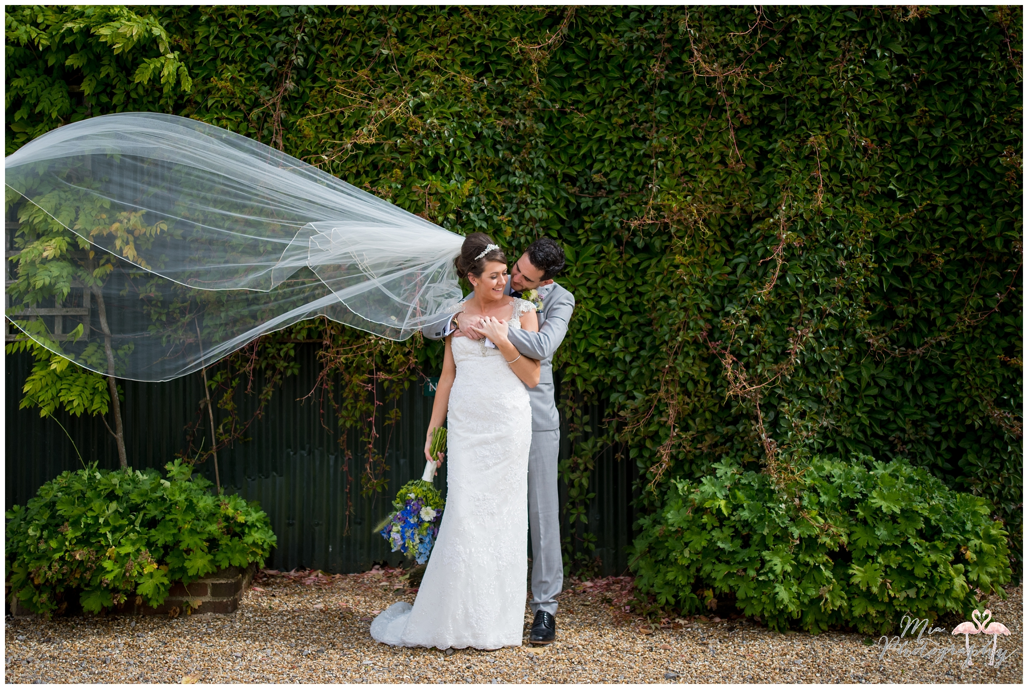 upwaltham_barns_wedding_photography_001