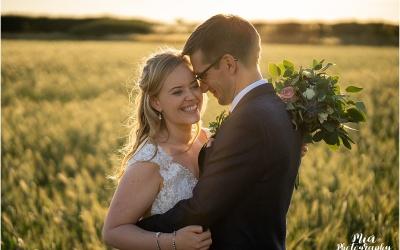 Hampshire Barn Wedding – Della & Keith