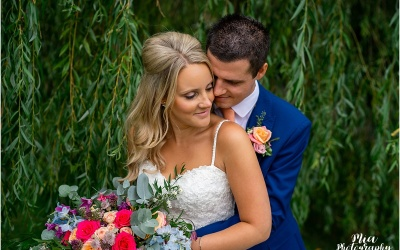 Hampshire Barn Wedding – Anna & Jamie