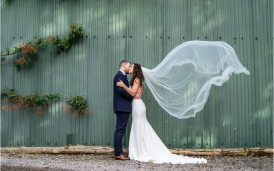 Hampshire Barn Wedding – Lucy & Jake