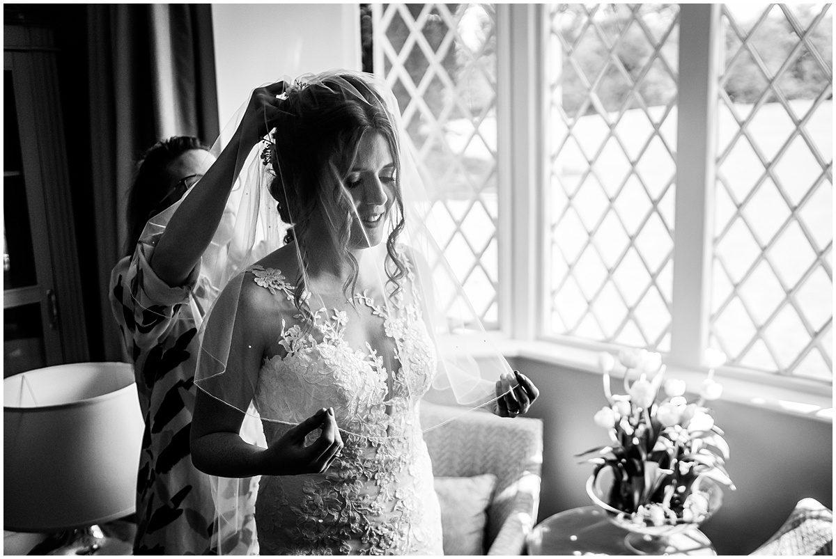 summer-lodge-wedding-photography